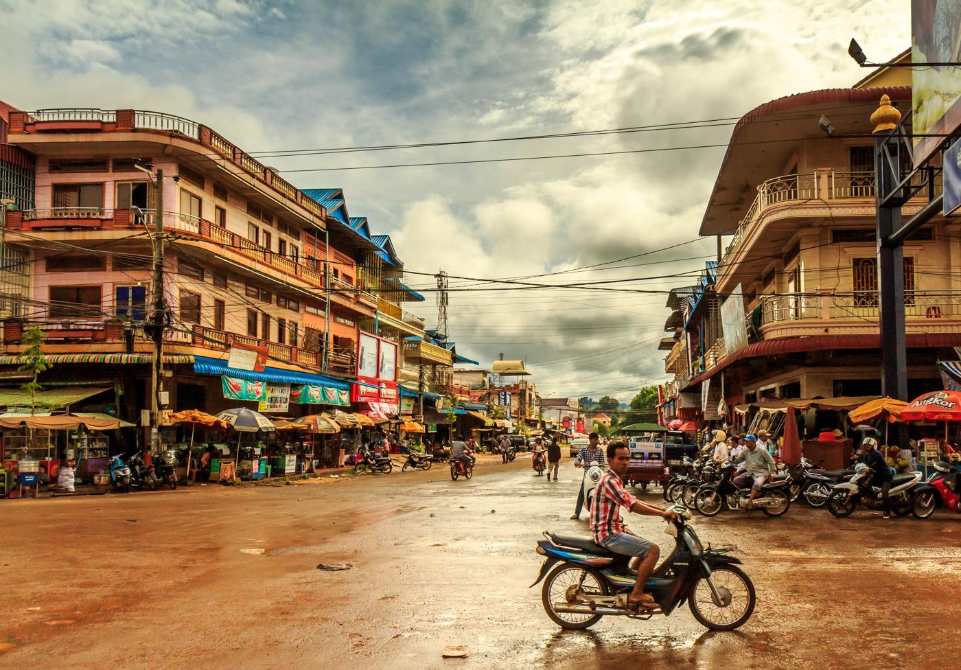 В Камбодже выявили два импортных случая заражения коронавирусом