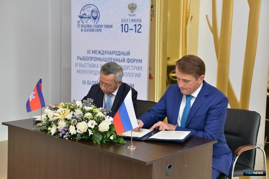 Россия и Камбоджа собираются развивать «рыбное» сотрудничество