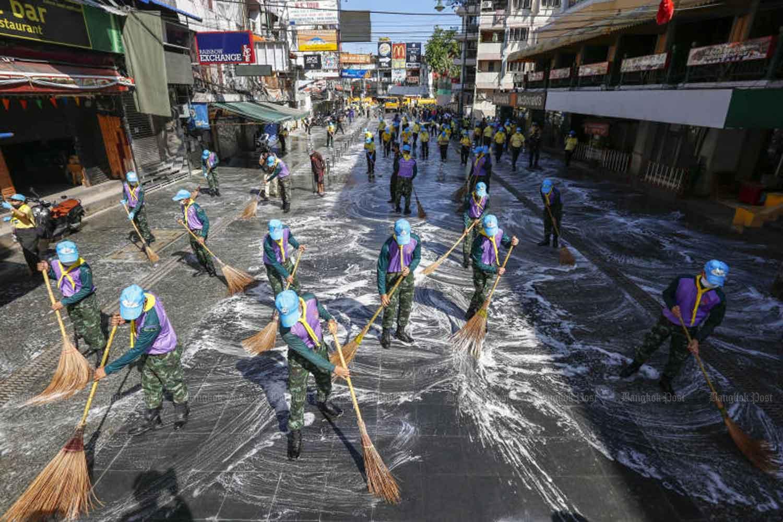 Туристическая улица Кхао Сан в Бангкоке готова к открытию