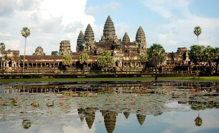 Чем Камбоджа манит туристов
