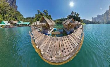 Бунгало из бамбука на озере Чео-Лан(Cheow-Lan), Тайланд.