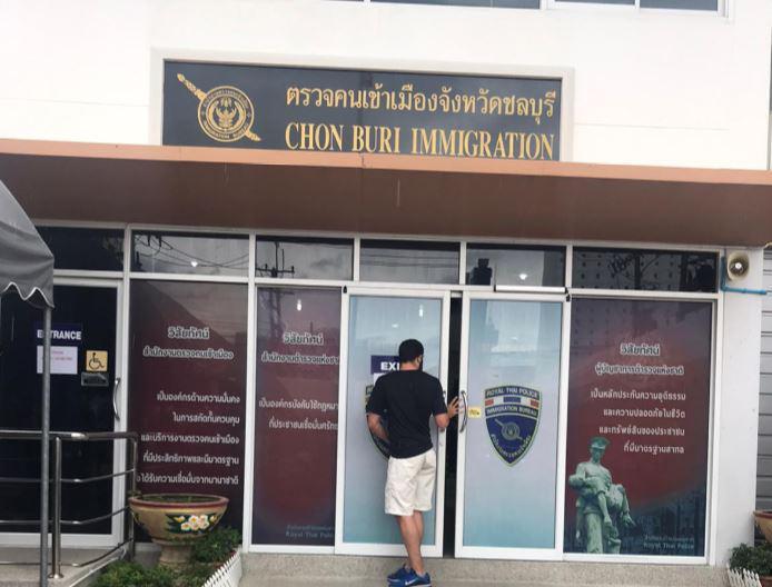 Открытие Таиланда: более половины граждан не хотят возвращать иностранцев