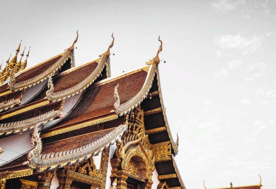 Таиланд продлил режим чрезвычайного положения до конца февраля