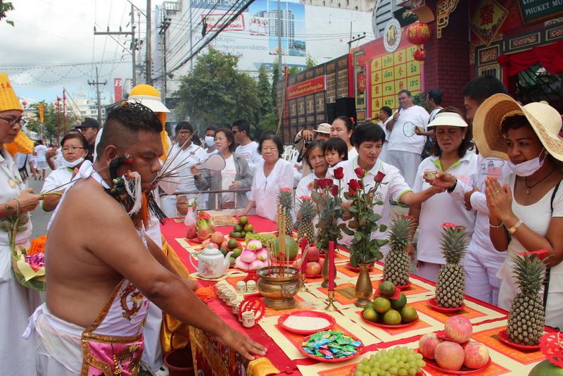 Фестиваль вегетариацев начался на Пхукете