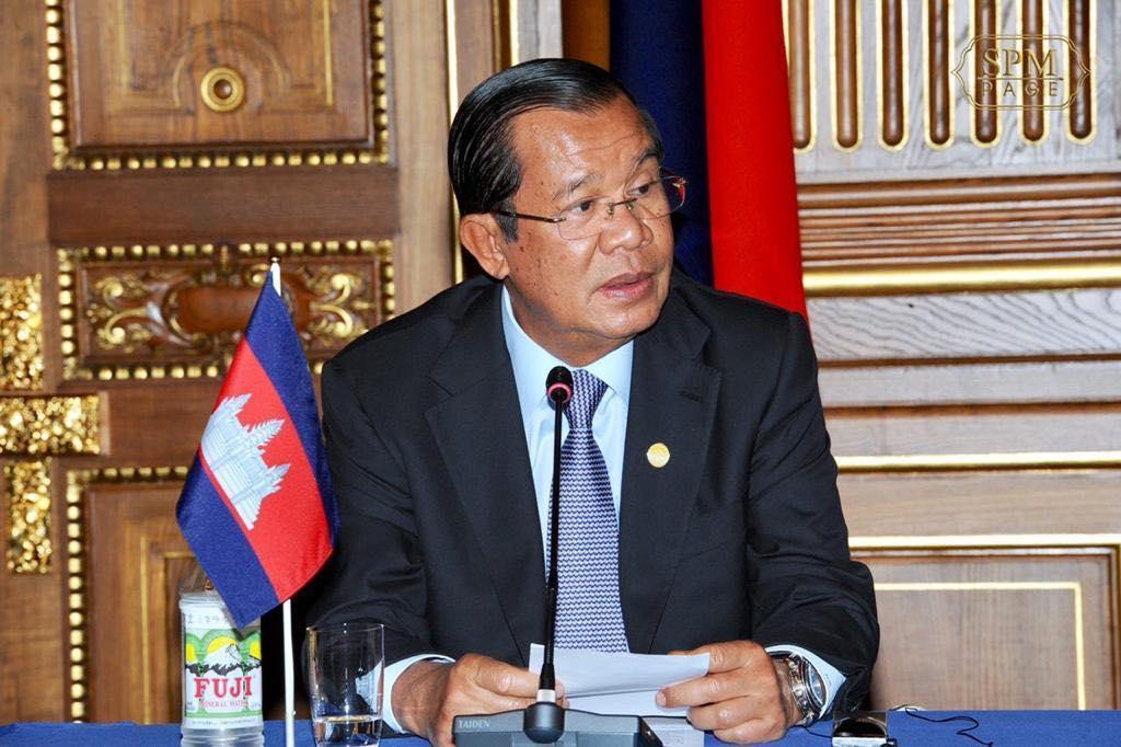 Премьер-министр Камбоджи первым встране испытает насебе китайскую вакцину
