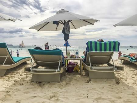 Эксперты назвали страны, в которых российские туристы чаще всего болели в 2017 году