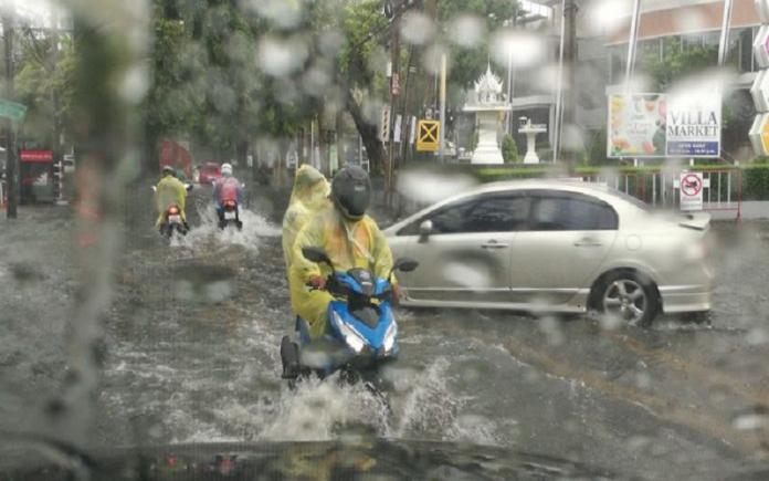 Юго-западный муссон с грозами и ливнями по всему Таиланду