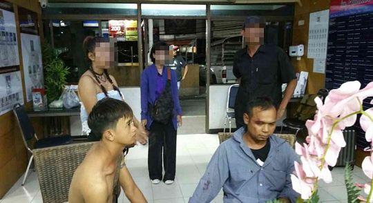 Посетители храма Ват Чалонг поймали двух грабителей