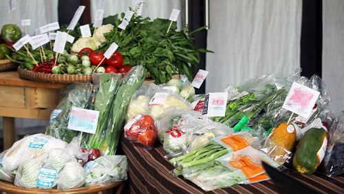 В 41% тайских овощей и фруктов нашли повышенный уровень пестицидов