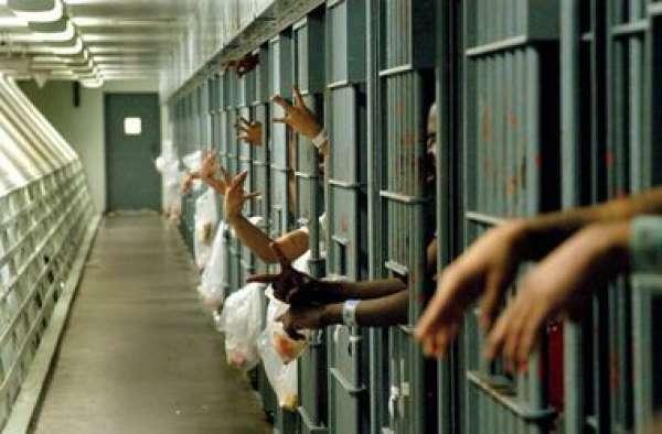 Из тюрьмы Пхукета освобождены 174 заключенных