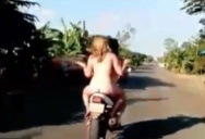 В Камбодже правоохранители устроили погоню за обнаженными туристами на мотоцикле