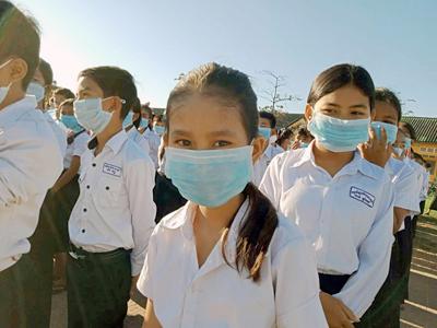 В Камбодже закрыли все школы из-за вспышки коронавируса