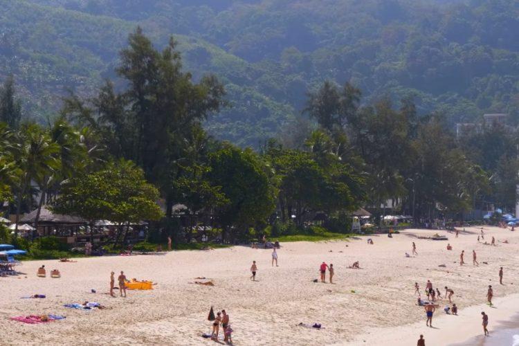 Таиланд предложит бесплатные полеты вакцинированным туристам
