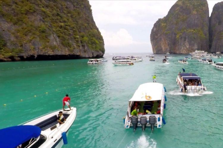 Отельеры Таиланда считают, что страна не успевает с вакцинацией работников туризма