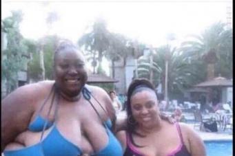 А вы купили новый купальник - перед новым сезоном?))))) Have you bought a new swimsuit - before the new season ? ) ) ) ) )