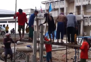 Как забивают сваи в Таиланде - as clog the pile in Thailand - ตอกเสาเข็มจังหวะ