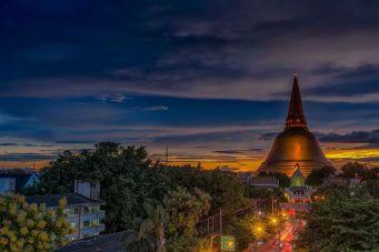 Гений места: невероятные снимки тайского фотографа Нок Нока