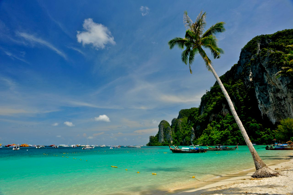 Райский остров Пхи-Пхи-Дон страдает от нехватки питьевой воды