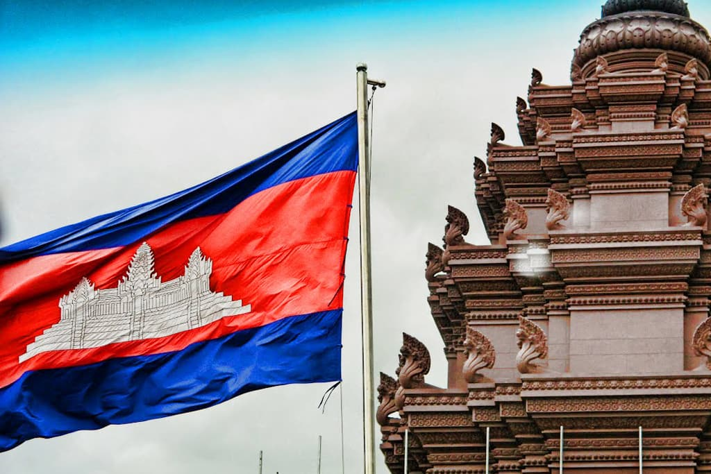 Бывший вице-президент Индонезии встретился с премьер-министром Камбоджи