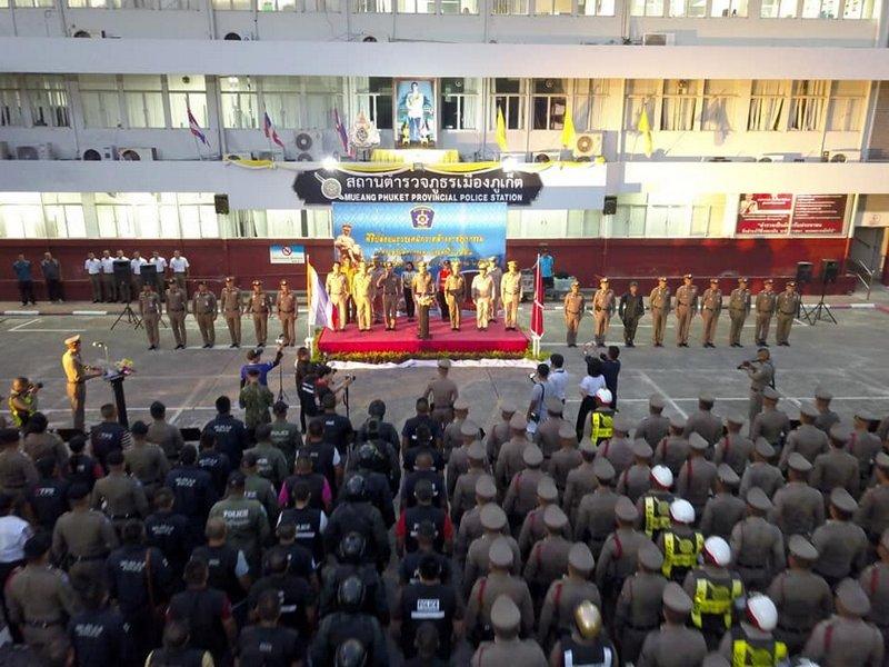 Полиция Пхукета усиливает меры безопасности перед празднованием фестиваля Лой Кратонг