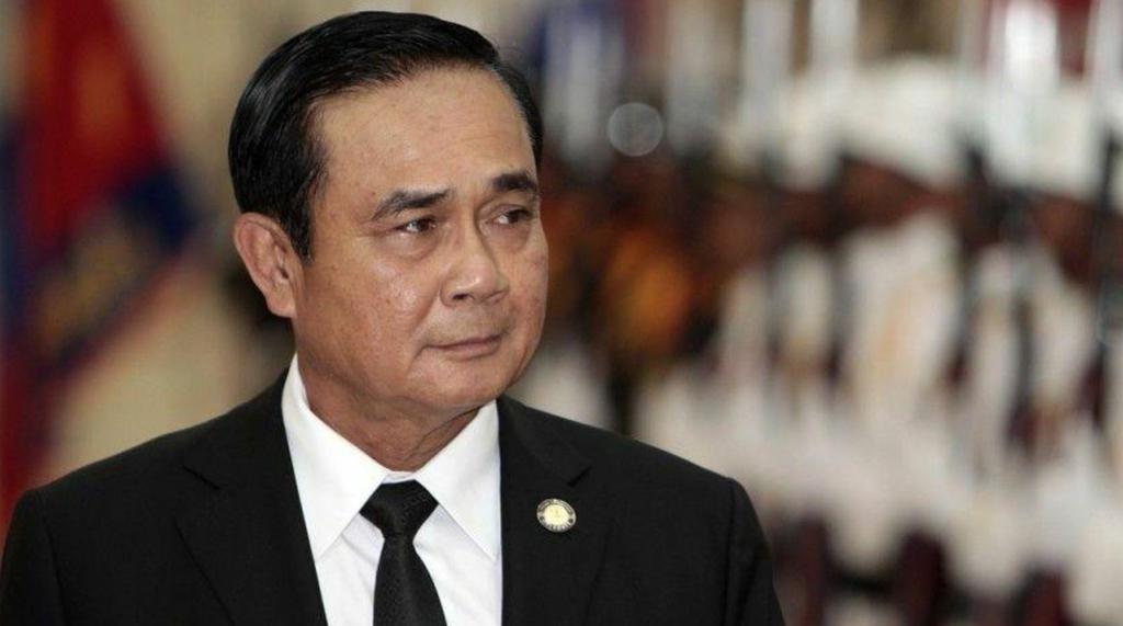 Таиланд выдаёт по 3500 бат на помощь во время пандемии