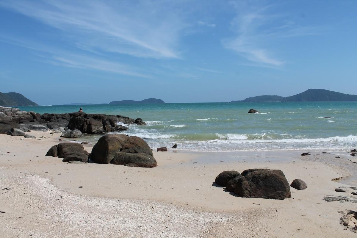 Чем привлекателен пхукетский пляж Лаем Ка