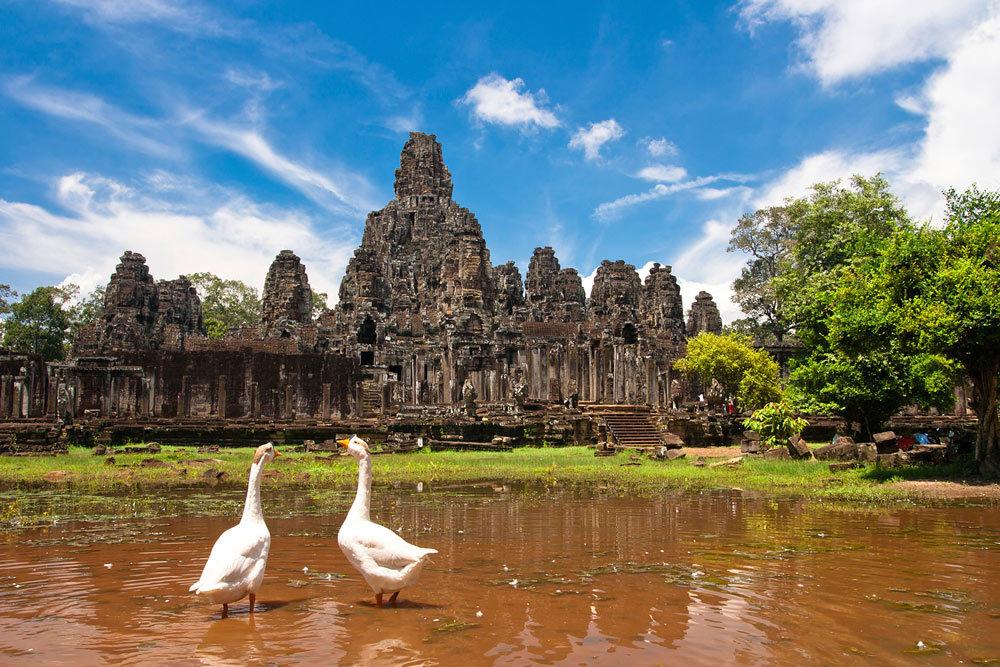 В Камбодже восстанавливается экономика и жизнь людей