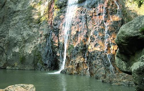 Знакомимся с самыми прекрасными водопадами Samui