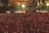 Видео: миллионы тайцев исполнили гимн в честь Короля
