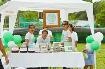 Hansar Samui's First Charity Bazaar