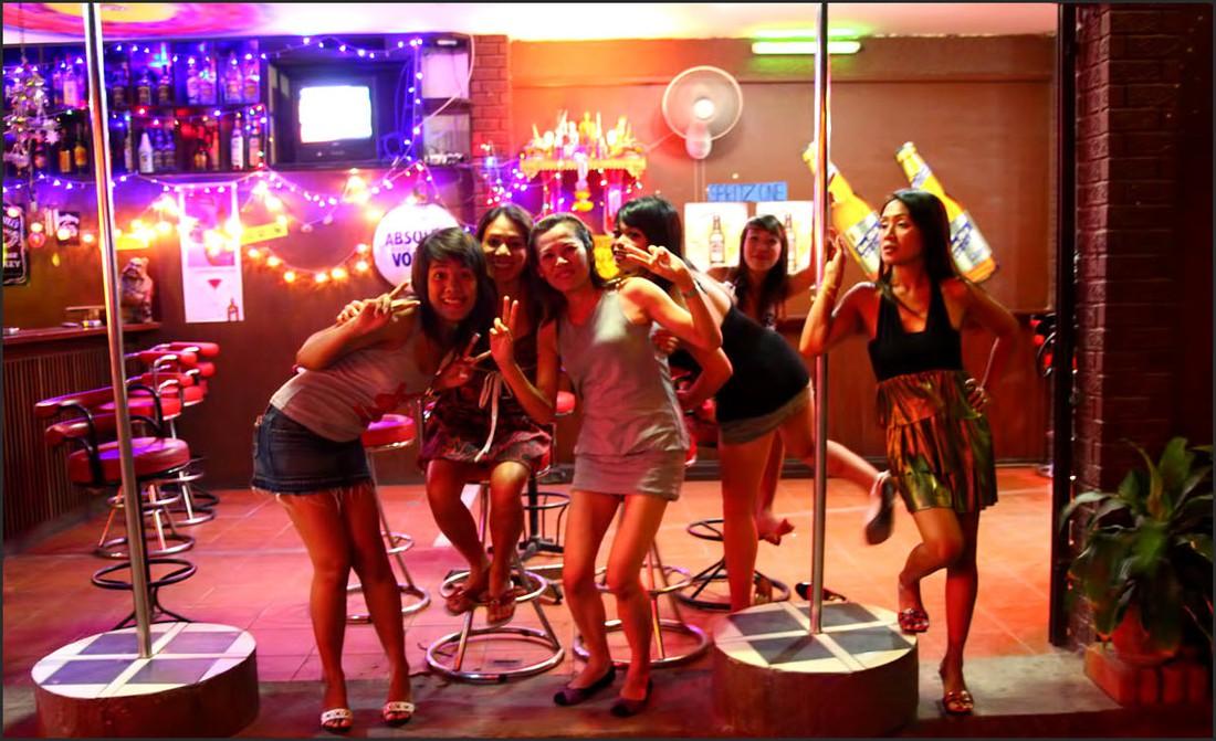 Число туристов в ночных клубах и барах Walking street снизилось на 40%