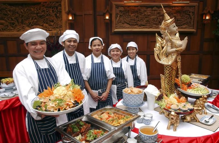 Будущее ресторанов Таиланда за доставкой еды, считает владелец ресторана