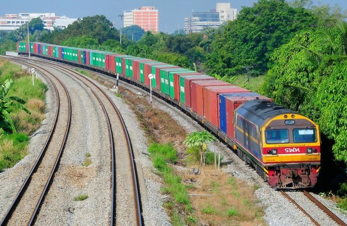 Таиланд намерен привлечь частные инвестиции для развития железных дорог
