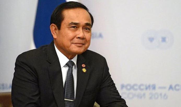 Премьер-министр Таиланда освободил депутатов от ношения масок