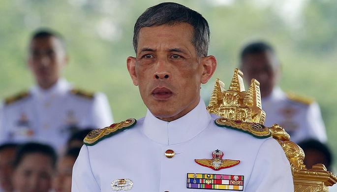 К коронации в Таиланде выпустят монеты и медали из платины по $32 тысячи