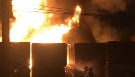 У больницы в Рассаде произошел пожар.Как уточнили в полиции, возгорание произошло на площадке для хранения стройматериалов у больницы Phuket Provincial Hospital. В ходе происшествия никто не пострадал