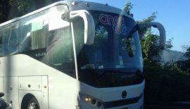 Автобус с туристами из России попал в аварию на Пхукете. На крутом повороте автобус врезался в пикап, в результате чего у того лопнуло колесо. Никто не пострадал