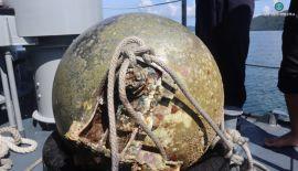 Специалисты ВМФ Таиланда  подняли со дна сферический объект, который оказался пустым топливным баком от космического аппарата или спутника