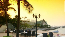 Отель Siam Bayshore Resort & Spa, Паттайя.  Адрес: 559 Beach Road, Таиланд, Банг-Ламунг, Паттайя (13 км 800 метров от центра - 1 ч. 58 мин. пешком)