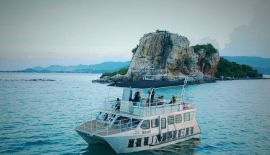 50 feet FOR RENT SAMUI-PHANGAN 60 000 Бат в день |60 000 Bat per day