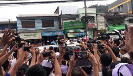 Глава тайского правительства Прают Чан-Оча прибыл на Пхукет. Премьер-министр посетил раненых и семьи погибших туристического судна Phoenix