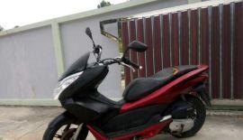 SALE! Продаю PCX 150 (2013г)  Продаю в связи с отъездом цена 14,500 Требуется замена сиденья , а также покраска либо замена пл